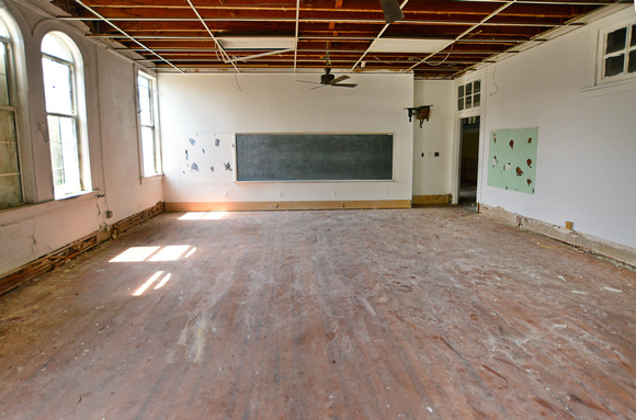 Second St Elementary Classroom 2b